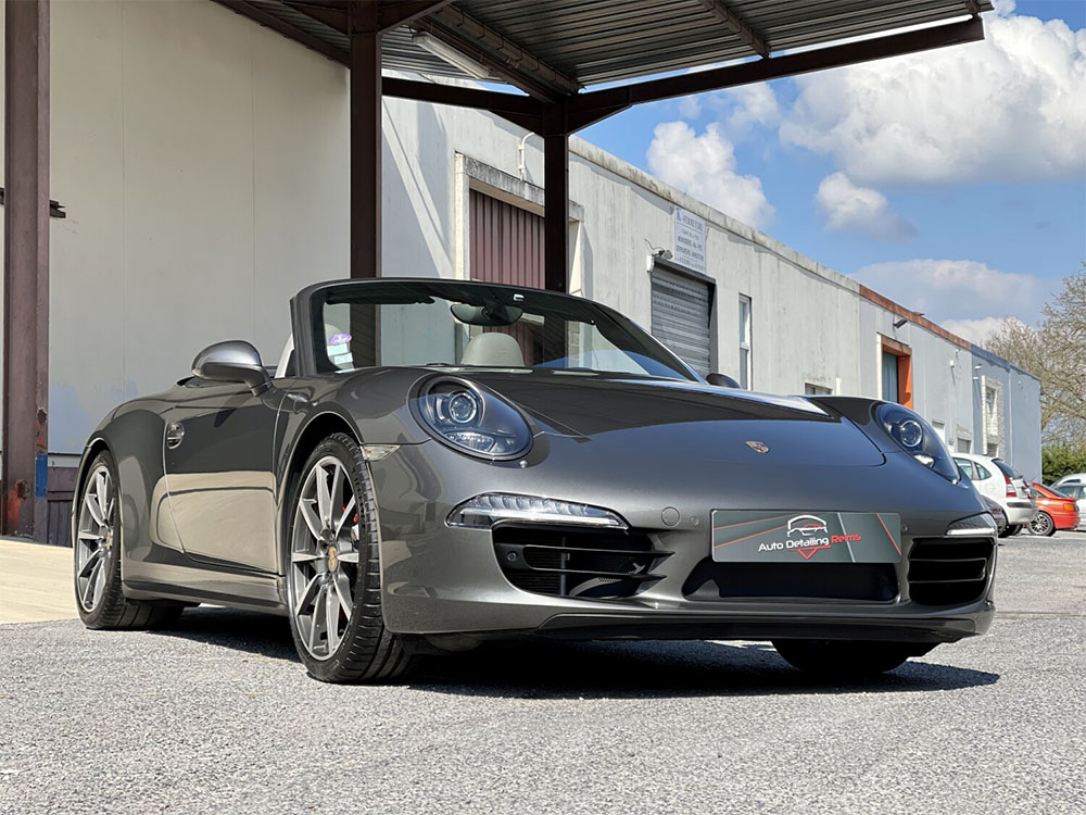 Traitement céramique carrosserie, vitrages et capote sur Porsche 911 Carrera 4S
